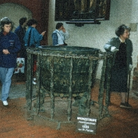 Meklemburgia  Wismar kościół Mariacki, chrzcielnica z 1335 r., 2 od pr.p. Zofia Krzymuska-Fafius