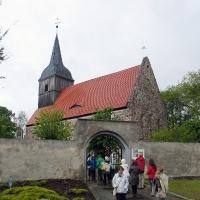 1 Glasow kościół z 4 ćw XIII w z bramka cmentarną z XV XVI w