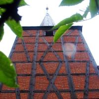 2 Sonnenberg od zachodu wieża z XV w z kamienia polnego i cegły